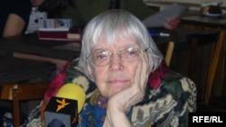 Людмила Алексеева считает: «с Грузией, как и с Чехословакией, мы оскорбили вторжением наших друзей и утратили их симпатии и доверие»