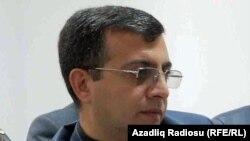 Советник главы партии «Мусават» Ядигяр Садыгов, 2011. Архивное фото