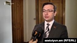 Секретарь оппозиционной парламентской фракции «Лусавор Айастан» Геворк Горгисян (архив)