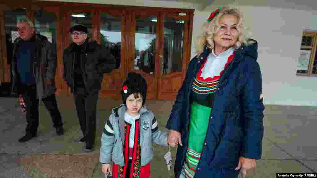 Святкування дня святого Трифона – покровителя виноградарів – є народним і його відзначають у болгарських селах