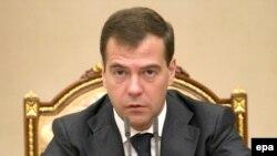 رییس جمهوری روسیه گفت که «يک سناريوی نظامی قابل قبول نيست و خطرناک است.»(عکس: epa)