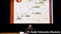 Представитель белорусского министерства обороны Олег Белоконев на брифинге в Минске