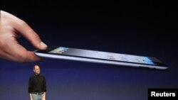 Стив Джобс на презентации очередной новинки Apple