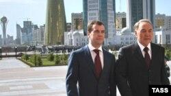 В Казахстане уверены, что Нурсултану Назарбаеву удастся наладить теплые отношения с новым президентом России
