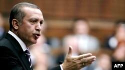 Turkey -- Prime Minister Recep Tayyip Erdogan addresses parliament in Ankara, 13Oct2009