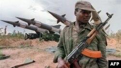 Илустрација: Војник во Ангола.