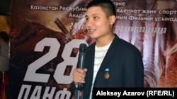 Российский актер театра и кино Азамат Нигманов сыграл в фильме «28 панфиловцев» рядового Мусабека Сенгирбаева. Алматы, 18 ноября 2016 года.