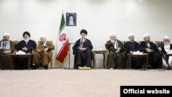 دیدار علی خامنهای با اعضای مجلس خبرگان رهبری- ۱۵ اسفندماه ۱۳۹۲