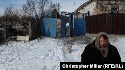 Дом в городе Авдеевка Донецкой области после обстрела