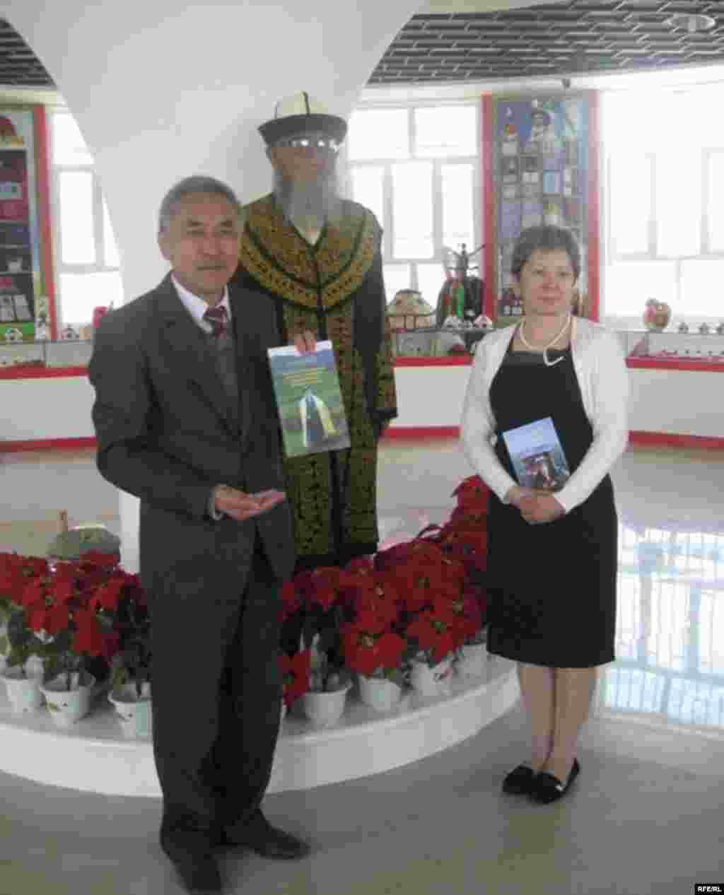 Кытайдагы манасчы Жүсүп Мамай 95 жашта #7