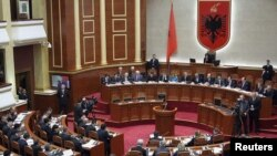 Pamje nga një seancë e Kuvedit të Shqipërisë
