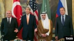 در نشست پیشین وین بر سر بحران سوریه، آمریکا، روسیه، عربستان و سوریه حضور داشتند.