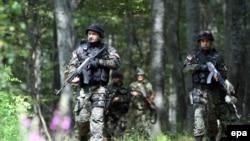 Pripadnici policije Srbije kontrolišu granične prijelaze zbog migranata