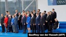 Fotografie de familie la summitul NATO de la Bruxelles, 11 iulie 2018