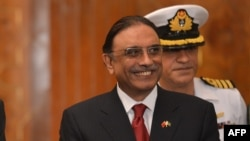 Former Pakistani President Asif Ali Zardari stepped down with a smile on his face. (file photo)