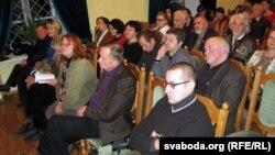 Удзельнікі сустрэчы літоўскіх і беларускіх пісьменьнікаў у Горадні
