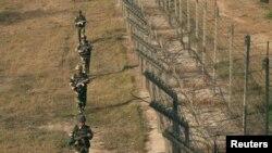 Kufiri mes Pakistanit e Indisë në Kashmir