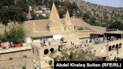 معبد لالش لطائفة الايزيديين في دهوك