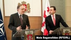 Премьер-министр Ираклий Гарибашвили заверил заместителя генсека НАТО и грузинскую общественность в том, что реформы идут в стране полным ходом