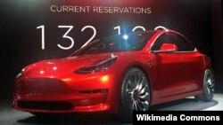 Tesla Model 3 (Prototip)