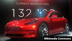 """Тесла"" автоунаасы. Иллюстративдик сүрөт."