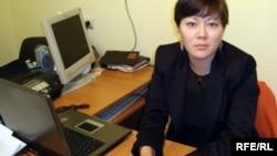 """Асель Нургазиева, председатель общественного объединения """"Заман"""". Атырау, 19 сентября 2008 года."""