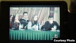 """Дебатата насловена """"Кои се приоритетите на младите во Македонија?"""" во Скопје, дел од циклусот дебати организирани од Иницијатива за младинско учество."""
