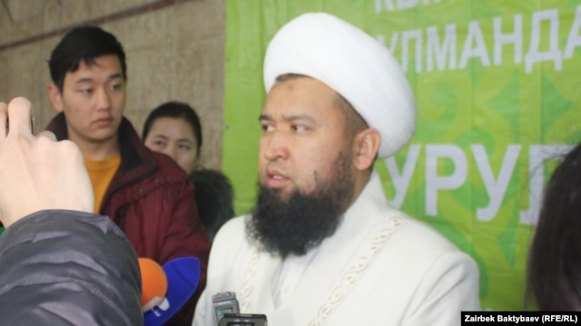 Kyrgyz Grand Mufti Maksatbek Toktomushev (file photo)