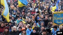 Украина мухолифати тарафдорларининг Киевдаги намойиши, 2013 йил 13 декабрь.