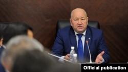 Жеңиш Разаков.