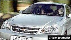 Автомобиль модели Ласетти.