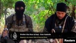 Радикальный исламист, гражданин Австралии (слева), приехавший воевать в Ирак