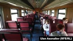 Бишкек-Балыкчы каттамындагы поезд. 5-июль, 2014-жыл