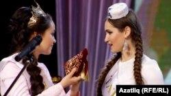 Гөлназ Гатина һәм Гүзәл Габдрахманова