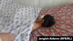 Один из пострадавших при взрыве в Зардалы детей.