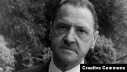 Уильям Сомерсет Моэм (1874 —1965)