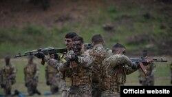 ԼՂ ՊԲ-ի զինծառայողները հերթական զորավարժությունների ժամանակ, արխիվ