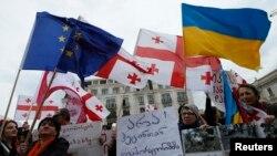 Резолюция Европарламета призывает как можно скорее подписать с Грузией и Молдовой соглашения об ассоциации. Тратить годы на ратификацию договоров парламентами всех стран-членов ЕС больше не представляется возможным