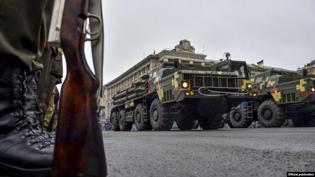 Картинки по запросу военный парад в киеве фото