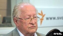 Бывший глава российского Центробанка и совета директоров ЮКОСа Виктор Геращенко