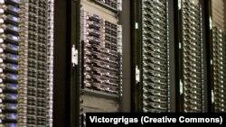 Компьютерные серверы. Иллюстративное фото.