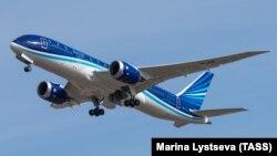 Самолет Boeing-787 Dreamliner, архивное фото