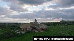 """Stop cadru din """"Foc pe mare"""", filmul premiat cu Ursul de aur la Berlinala din 2016"""