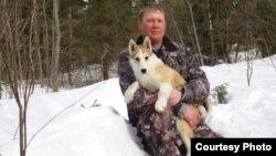 Кировский охотник Андрей Рогачев с собакой Пулей