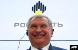 """Глава компании """"Роснефть"""" Игорь Сечин"""