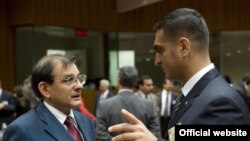 Türkmenistanyň DIM-niň birinji orunbasary Wepa Hajyýew (sagda) ÝB bilen Merkezi Aziýanyň arasynda geçirilen ministrler derejesindäki ýygnakda, Brýussel, 15-nji sentýabr, 2009 ý.