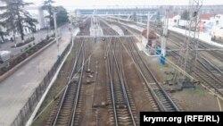 После введения транспортной блокады симферопольский железнодорожный вокзал опустел