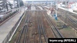 Після введення транспортної блокади сімферопольський залізничний вокзал спорожнів