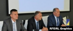 na fotografijia: Mario Janeček, Bakir Dautbašić i Dragan Mektić