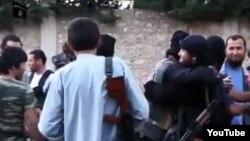 Сирияга Борбор Азиядан барган согушчандар.